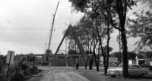 Dean Avenue Gets Started (1961)